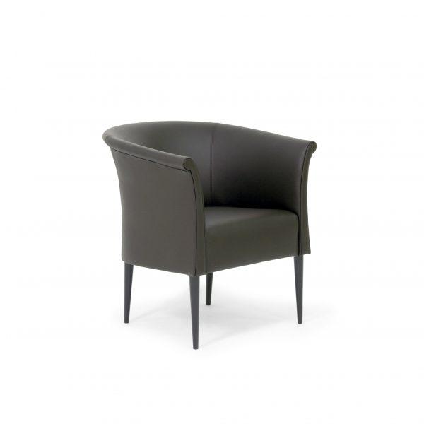 Cicci från Norell Möbel i svart läder och svart träbets. Design Marie Norell-Möller