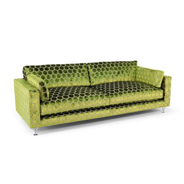 """Deep soffa från Norell. Tyg """"Manipur"""" från Designers Guild."""