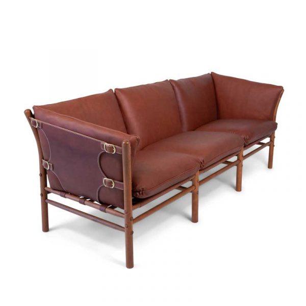 ILONA 3-sits soffa i mellanbrunt läder och mässingsspännen