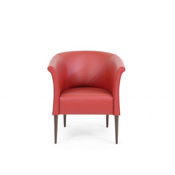 Cicci från Norell Möbel i rött läder. Design Marie Norell-Möller