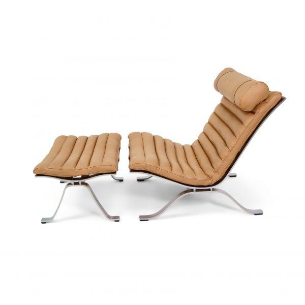 Ari fåtölj från Norell möbler handgjord i Sverige. Läder: 'Caramel' Elmobaltique. Design: Arne Norell 1966.