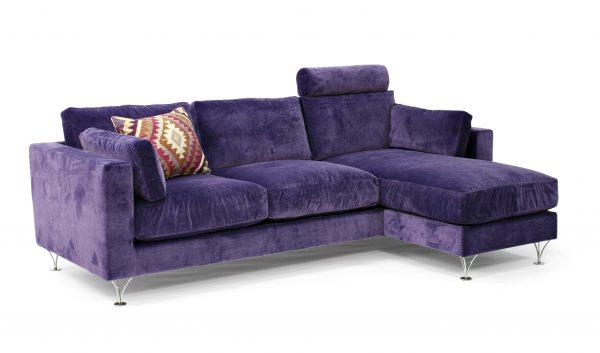 Deep soffa med divan och extra nackstöd, design Norell Möbel