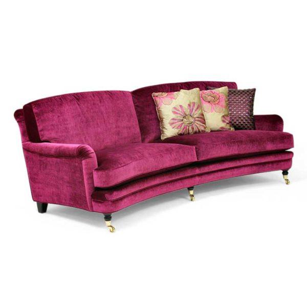 Svängd lila Julia soffa Howard modell, design Norell Möbel